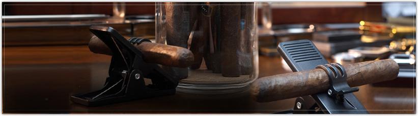 Acrylic Cigar Jars & Cigar Minder Clips