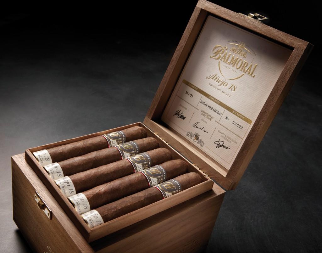 Balmoral Royal Selection Anejo 18  Rothschild Masivo  Cigars