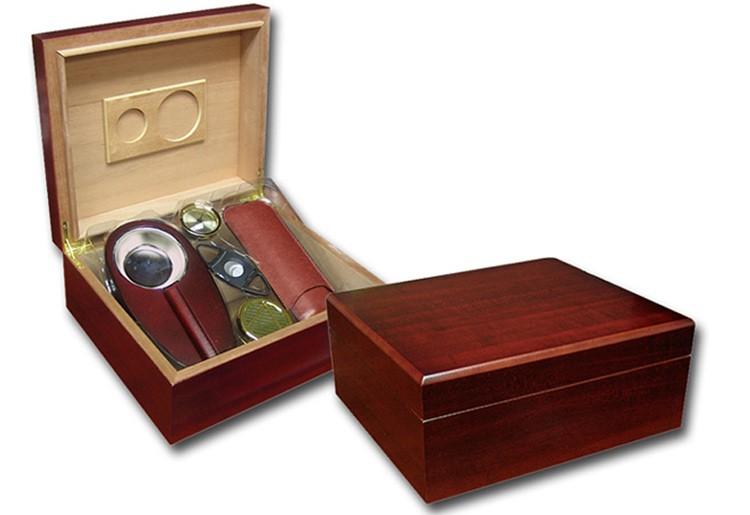 THE Diplomat Gift Set